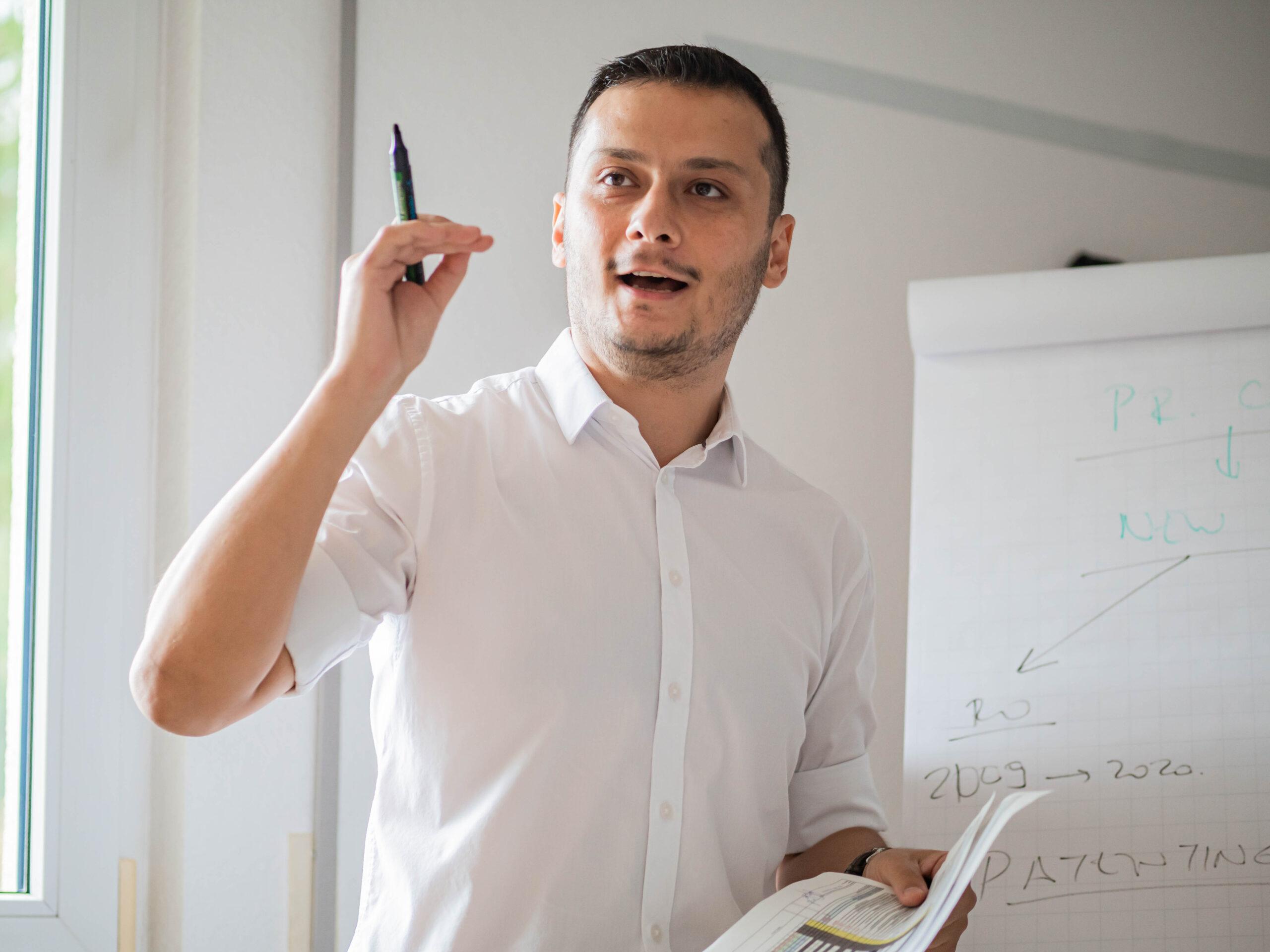 Onur                                                    Emul                                                    - Deputy Manager / Expert senior en Propriété Intellectuelle
